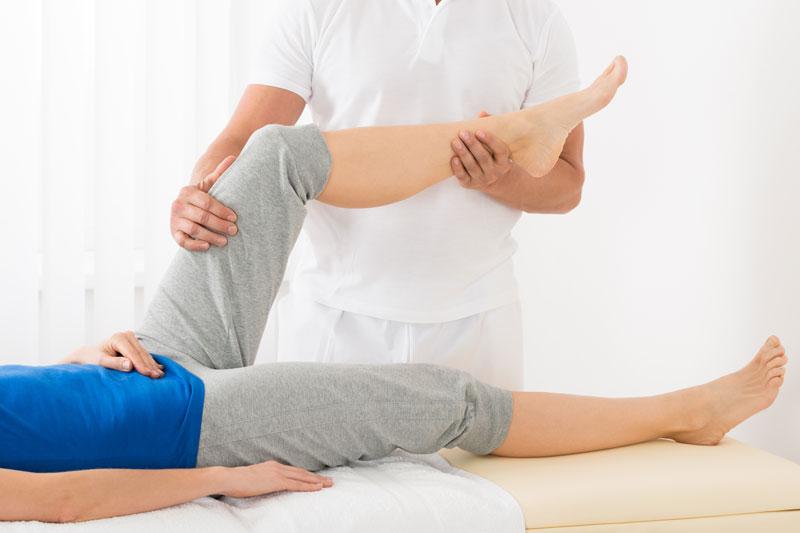 trattamento shiatsu a una gamba